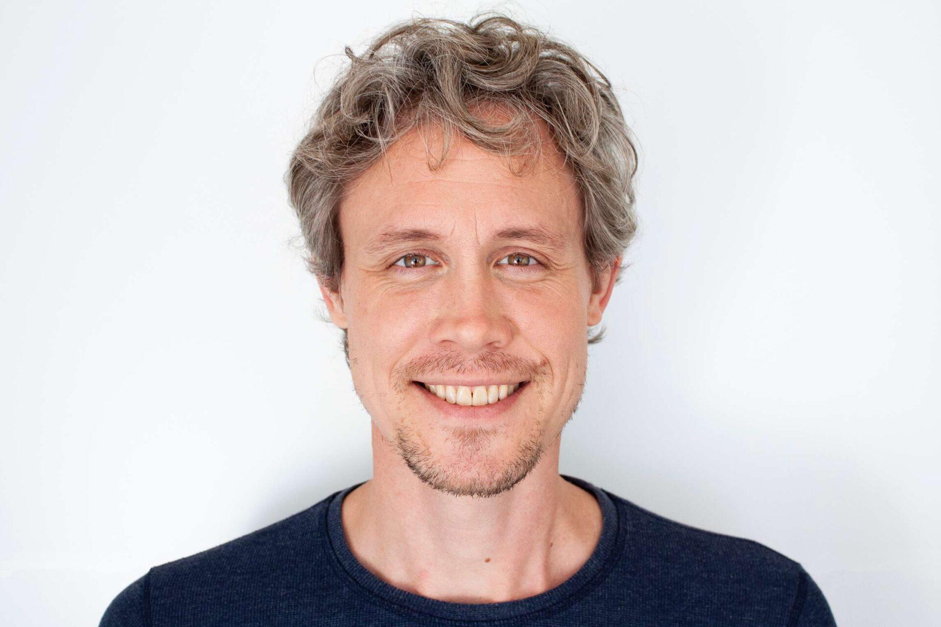 Coach Erik van Gulik: 'Ik help om weer verbinding en liefde te ervaren in de relatie'